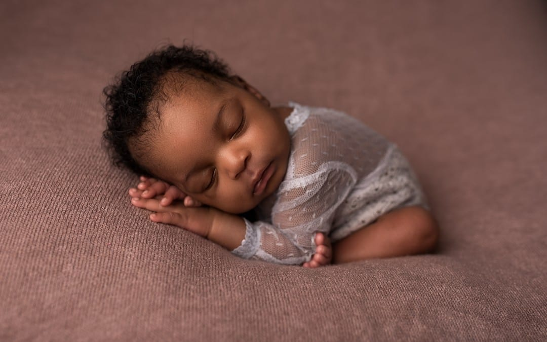 Baby Eden Win's a Newborn Photography Session!