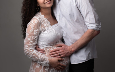 Can My Husband Be in My Maternity Photoshoot?